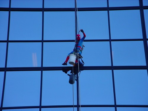 spiderman-washing-windows